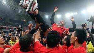 Pereiranın takımı Çinde şampiyon oldu