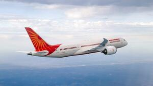 Air India personeli greve gitti, uçuşlar ertelendi