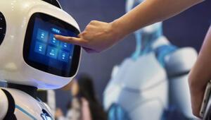Yapay zeka destekli yazılım robotları masaya yatırılıyor