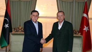 Cumhurbaşkanı Erdoğan Libya Başkanlık Konseyi Başkanı Al-Sarraj ile görüştü