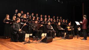 Ulu Önder Atatürk, sevdiği şarkılarla anıldı