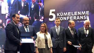 Kolombiya modeline Bakanlıktan ödül