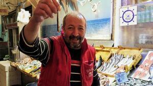 Balık fiyatları düştü, esnaf ve müşteri mutlu