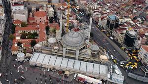 Taksim Camiinde ince işçilik başladı