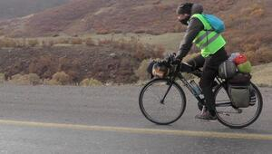 Nesli tükenen toy kuşları için 1550 kilometre pedal çevirdi