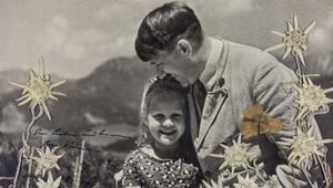 Hitlerin Yahudi kızla çekilen bu fotoğrafı açık artırmaya çıkıyor