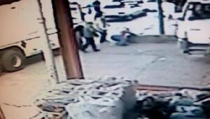 Şanlıurfada kuzene tabancalı saldırı kamerada