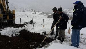 Köylülerin yardımına özel idare ekipleri yetişti