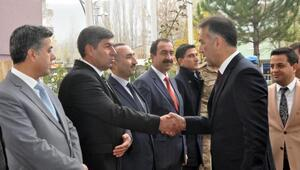 Bitlis Valisi Oktay Çağatay Hizan ilçesini ziyaret etti