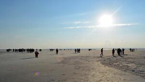 Tuz Gölüne yoğun ilgi