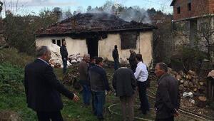 Demirköy'de çıkan yangında ev kullanılamaz hale geldi