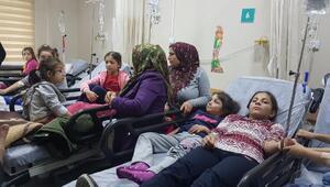 Zehirlenme şüphesiyle hastaneye kaldırılan 25 öğrenci taburcu edildi