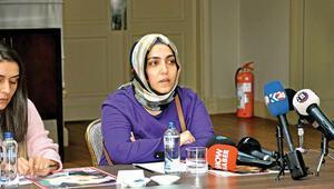 Kadınların isyanı: Annemin çenesini yerden topladım