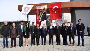 Kılıçdaroğlu Maltepe Cumhuriyet Parkını ziyaret etti