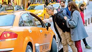 Turist olarak taksiye bindik bakın başımıza neler geldi...