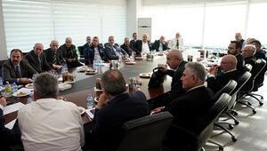 Trabzonspor divan toplantısında kadro dışı kararlarına destek
