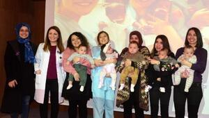 Prematüre bebeklere kutlama partisi yapıldı