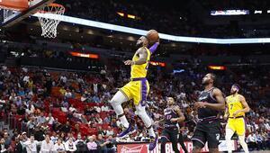 Kral Jamesten Miami Heat potasına 51 sayı