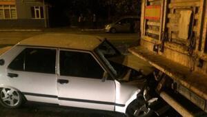 Otomobille Tır çarpıştı: 3 yaralı