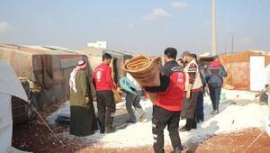 İHH'dan İdlib'e battaniye ve sünger yatak yardımı