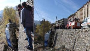 El freni çekilmeyen kamyon 10 metreden düştü