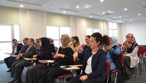 Yozgat'ta çalışan sağlık personeline işaret dili eğitim verildi