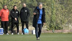 Konyasporda Galatarasaray maçı hazırlıkları sürüyor