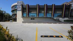 Sultangazi Kapalı Yüzme Havuzu hizmete açıldı
