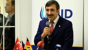 'Türkiye ile ilgilendiğiniz kadar Almanya ile de ilgilenin'