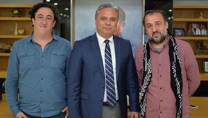 Yönetmen Özcan Alper, Başkan Uysalı ziyaret etti
