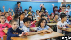 Suriyeliler için ek 80 bin öğretmene ihtiyaç var