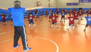 İBBden 15 bin öğrenciye ücretsiz spor eğitimi