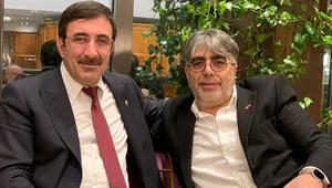 Yapay zeka projesini yöneten Türk profesörden bunu istedi: 'Gelin Türkiye'de anlatın'