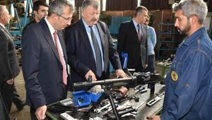 Kırıkkale Valisi Yunus Sezer, MKE Kurumufabrikalarını ziyaret etti