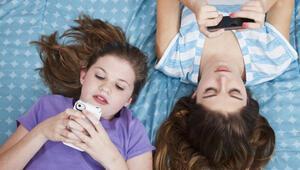 Sosyal medya hesabı olan her 4 çocuktan birinin profili herkese açık
