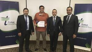 Dış Ticaret Okulu, eğitim programında başarılı olan katılımcılar sertifikalarını aldı