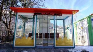 Bayburt'ta klimalı ve kütüphaneli duraklar ilgi görüyor