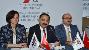 Aile hekimliği Türkiyede ortalama yaşam süresini 10 yıl uzattı