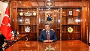 Ak Partinin Diyarbakır adayı, Başkan Vekili Cumali Atilla