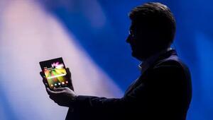 Ekranı bükülebilen Galaxy Flexin fiyatı ne olacak