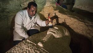 4 bin yıllık firavun mezarı bulundu