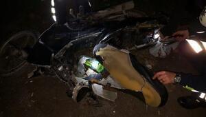 Motosiklet yolun karşısına geçenlere çarptı: 1 ölü, 3 yaralı