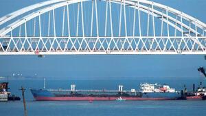 Son dakika... Ukrayna: Rusya savaş gemimize ateş açtı