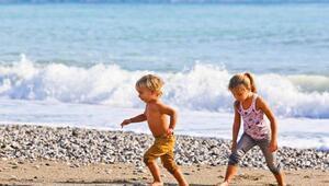 Antalyaya 3 milyon çocuk turist geldi