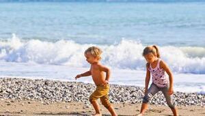 Antalya'ya 3 milyon çocuk turist geldi