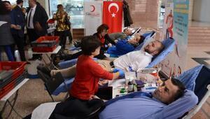İzmir Barosu'ndan Öykü Arin için kök hücre bağışı kampanyası
