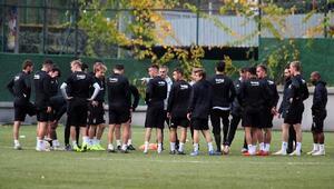 Beşiktaşın Sarpsborg maçında takımın yarısı yok