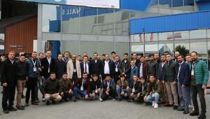 Selçuklu çalışan gençlik merkezi üyeleri Müsiad Expo fuarına katıldı