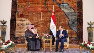 Veliaht Prens Selmana Mısırda bayrak şoku