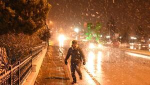 Kar etkisini göstermeye başladı